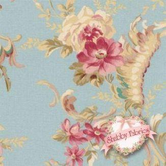Крупный узор из ветвей роз на голубом 1861-001